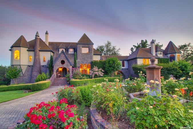 luxury home in loomis