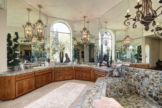 luxury home in loomis