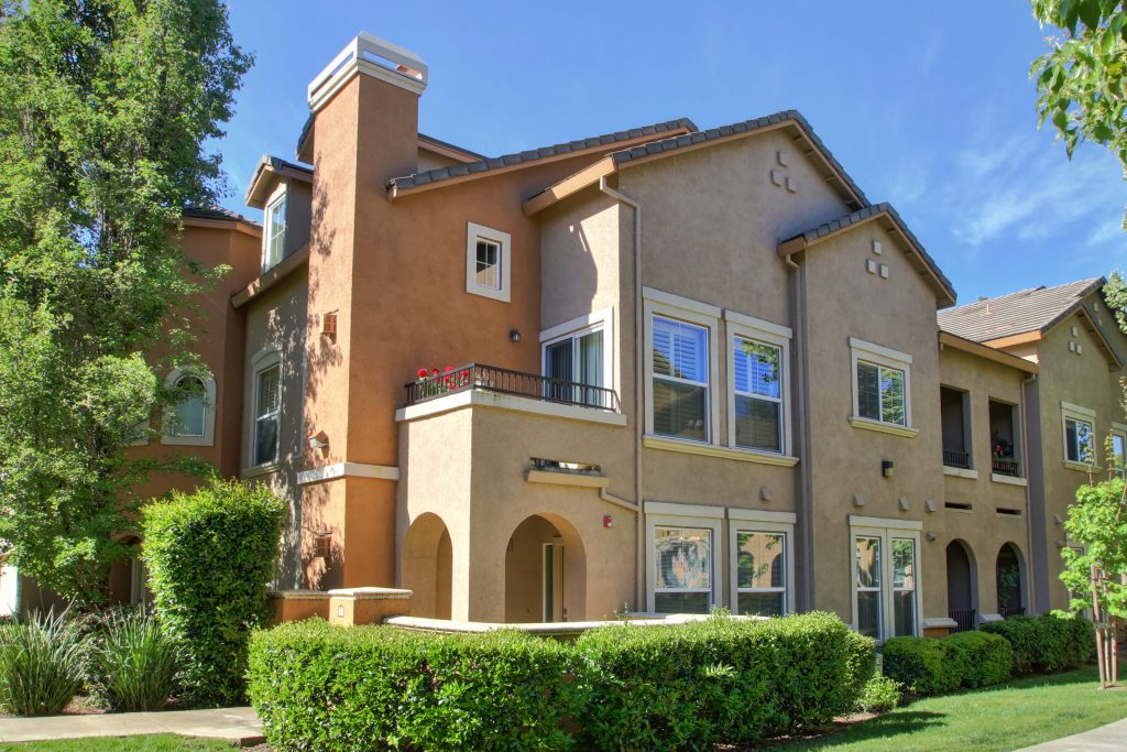 luxury condos in West Sacramento