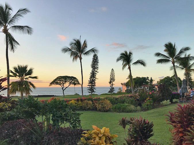 sunset terrace at kona coast resort