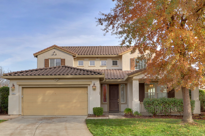 Quai Ridge Home in Elk Grove